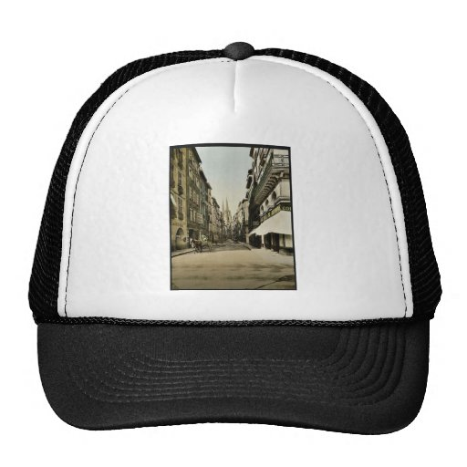 From Port Neuf, Bayonne, Pyrenees, France vintage Mesh Hat