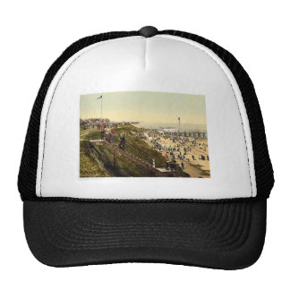 From the cliffs, Clacton-on-Sea, England vintage P Mesh Hat