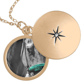 From the Point by Fleetphoto Personalized Necklace