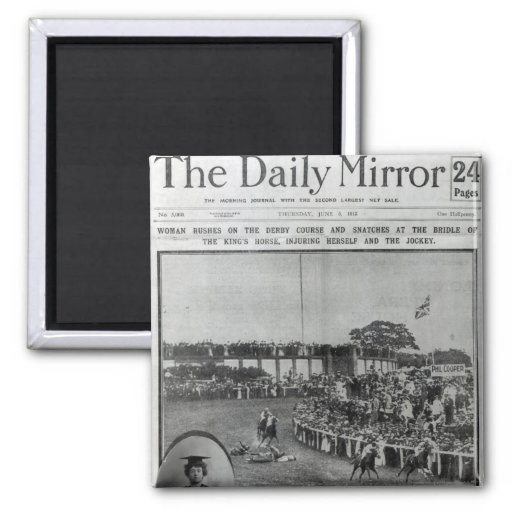 Front cover of 'The Daily Mirror' 2 Inch Square Magnet
