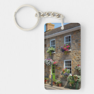 Front entrance to Smugglers Bed and Breakfast Keychain