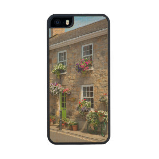 Front entrance to Smugglers Bed and Breakfast Wood Phone Case For iPhone SE/5/5s