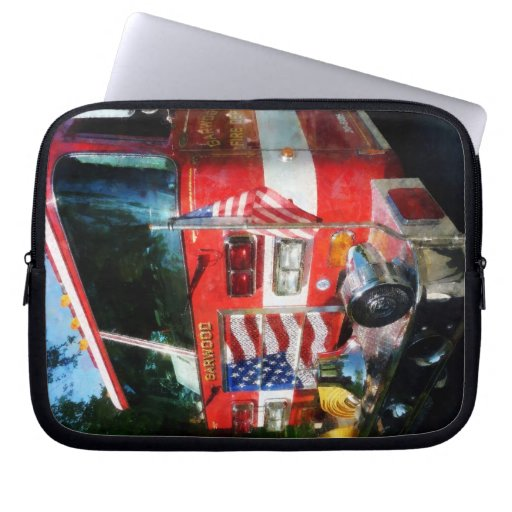 Front of Fire Engine Laptop Computer Sleeve