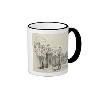 Front view of Buckingham Palace Ringer Mug