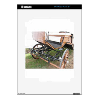 Front view of old-fashioned horse carriage skin for the iPad 2