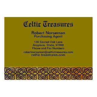 Frontera céltica del nudo en amarillo frondoso tarjetas de visita grandes