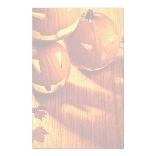 Frontera de las calabazas de Halloween que brilla  Personalized Stationery