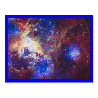 Frontera del azul de la nebulosa del Tarantula Tarjetas Postales