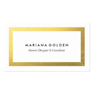 Frontera gruesa del oro en la plantilla blanca de tarjetas de visita