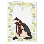 Frontera negra y blanca del gato w/Floral del gati Felicitacion
