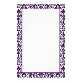 Frontera púrpura de la impresión del damasco del c papeleria