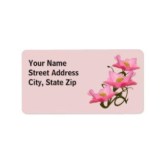 Frontera rosada de tres amapolas etiquetas de dirección