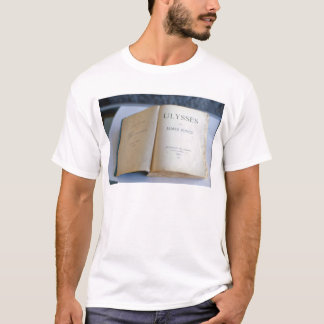 Frontispiece of 'Ulysses' by James Joyce T-Shirt