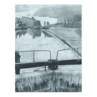 Frozen canal at Berkhamsted Postcard