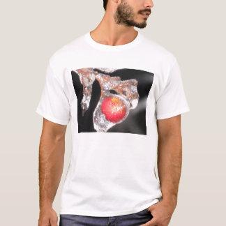 frozen nandina T-Shirt