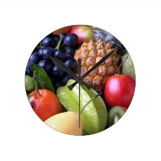 fruits-82524 fruits sweet fruit exotic pineapple P Round Clock