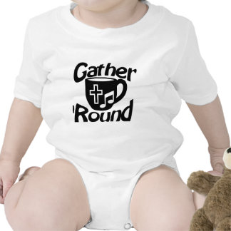Frunce alrededor traje de bebé