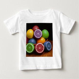 Fruta colorida playera de bebé