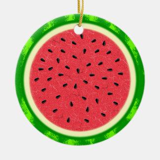 Fruta del verano de la rebanada de la sandía con adorno navideño redondo de cerámica