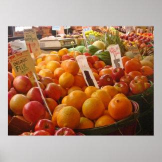 Fruta en el mercado de lugar de lucios - porqué am póster