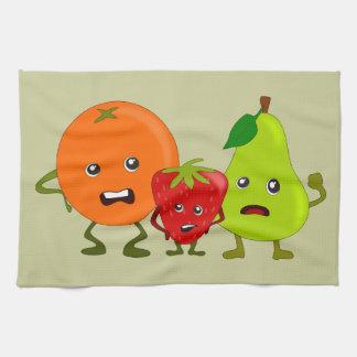 Fruta enojada: Naranja, fresa, dibujo animado de l Toallas De Mano