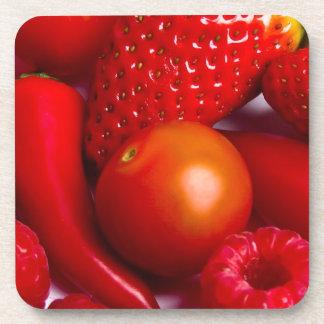 Fruta roja y verduras fijadas de 6 prácticos de co posavaso
