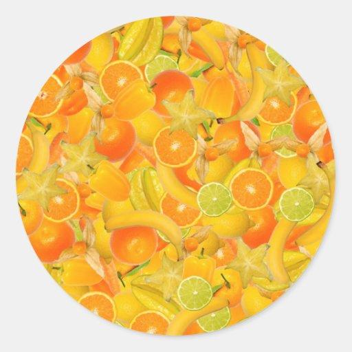 Frutas y verduras amarillas y anaranjadas pegatina redonda