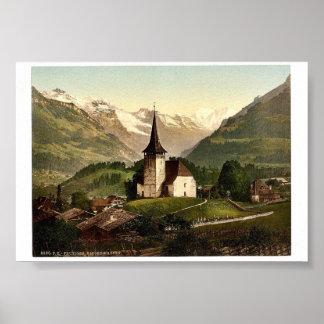 Frutigen, iglesia y montañas, Bernese Oberland, Sw Póster