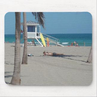Ft Lauderdale Florida Lifeguard Stand Mouse Pad