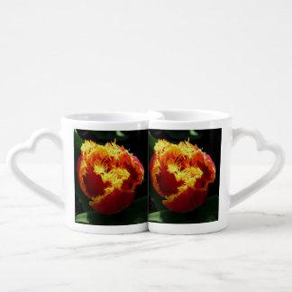 Fuego anaranjado taza amorosa