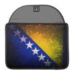 Fuego artificial; Bandera de Bosnia Fundas Para Macbook Pro