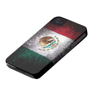 Fuego artificial de la bandera mexicana Case-Mate iPhone 4 fundas