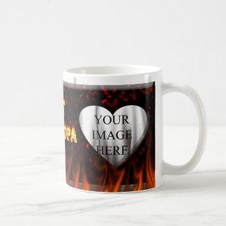 Fuego caliente del abuelo y corazón de mármol rojo tazas de café