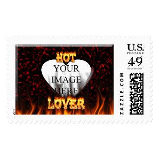 Fuego caliente del amante y mármol rojo envio