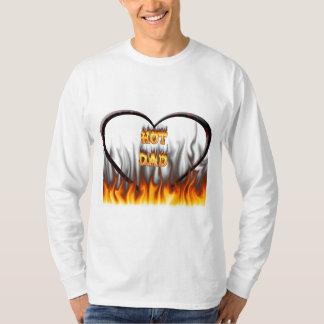 Fuego caliente del papá y corazón de mármol rojo poleras