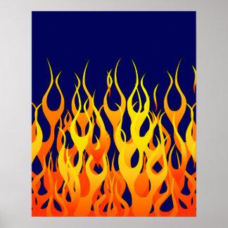 Fuego clásico de las llamas que compite con en póster