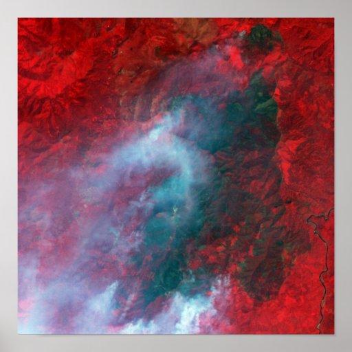 Fuego complejo de Siskiyou, California septentrion Posters
