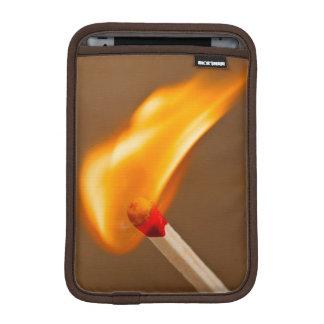 Fuego de cogida del partido funda para iPad mini