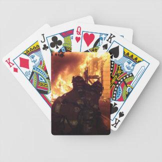 Fuego de la estructura baraja de cartas