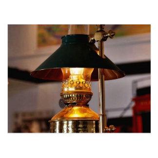 Fuego de la lámpara de la linterna postal