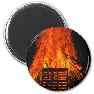 Fuego de mimbre imán de frigorifico
