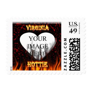 Fuego de Virginia Hottie y corazón de mármol rojo Sello Postal