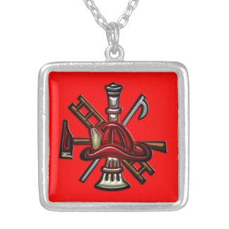 Fuego del bombero y emblema del departamento del r colgante cuadrado
