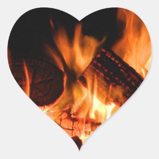 Fuego del campo colcomanias de corazon personalizadas