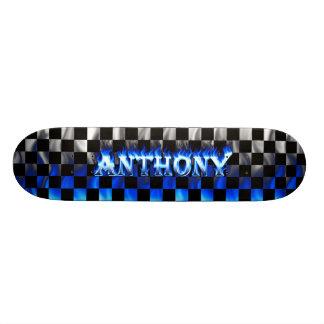 Fuego del monopatín de Anthony y diseño azules de