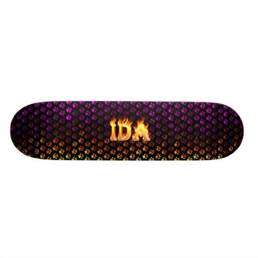 Fuego del monopatín del Ida y diseño de las llamas Skate Board