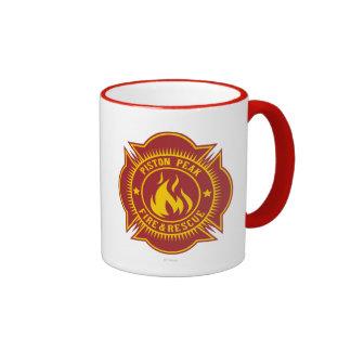 Fuego del pistón y insignia máximos del rescate taza a dos colores
