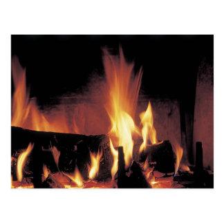 Fuego del rugido postales