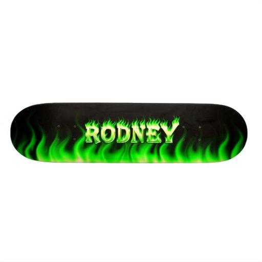 Fuego del verde del monopatín de Rodney y diseño d