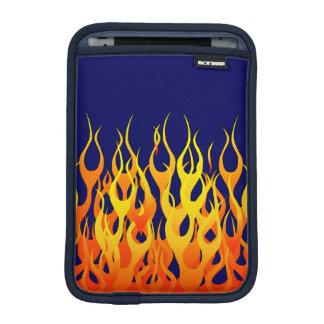 Fuego elegante de las llamas que compite con en funda para iPad mini